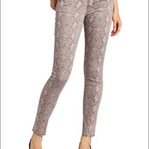 Sanctuary the Charmer Skinny Jeans in Pink Python